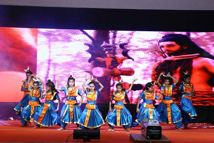Velalar Vidyalayaa Senior Secondary School-Annual Day
