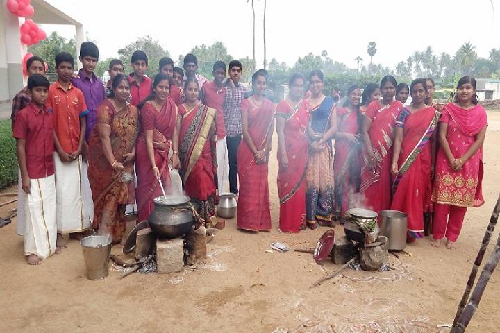 Velalar Vidyalayaa Senior Secondary School-Pongal Celebrations