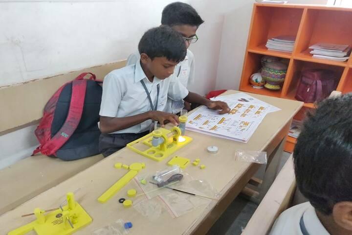 Velammal Bodhi Campus-Chemistry experiment