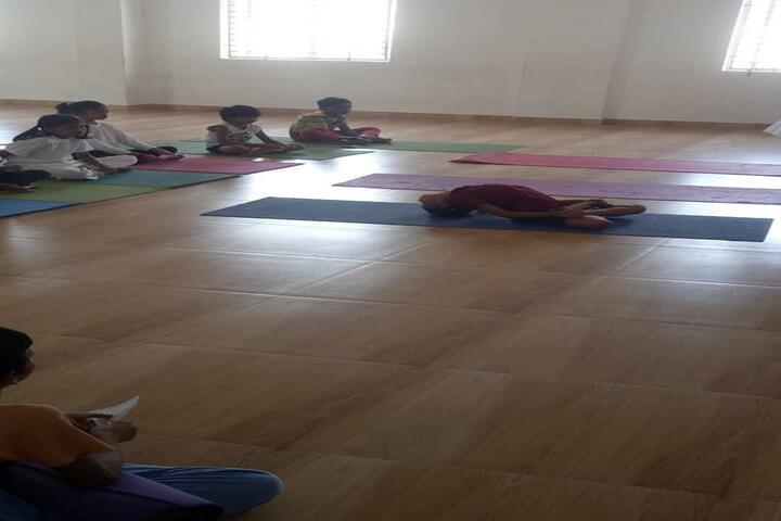 Velammal Bodhi Campus-Yoga Asans