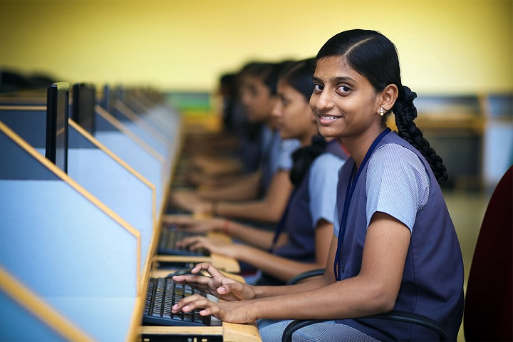 Velammal Residential School-Computer Lab