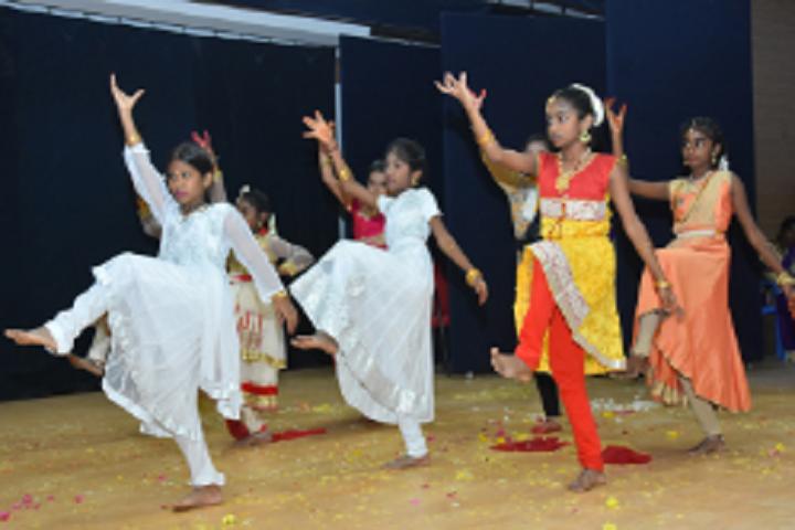 Velammal Vidyalaya-Dances