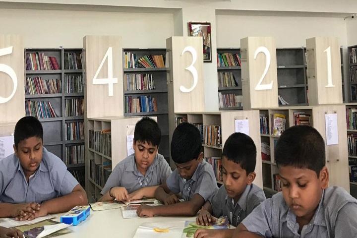 Velammal Vidyalaya-Library