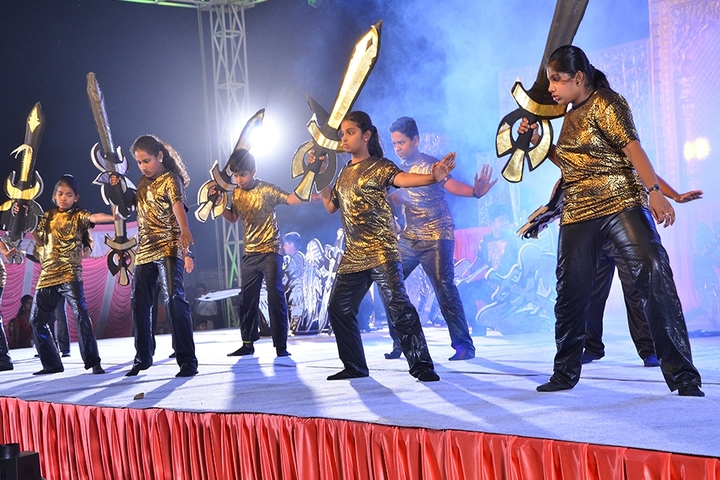vidyasagar International Public School-Group Dance