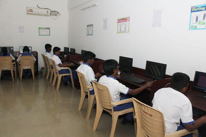 Vivekanandar Vidhya Mandir-Computer Lab