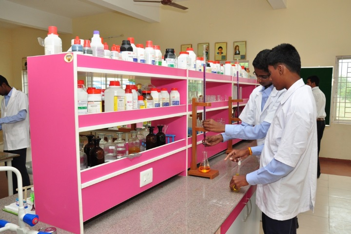 Vivekanandha Academy Senior Secondary School-Chemistry Lab