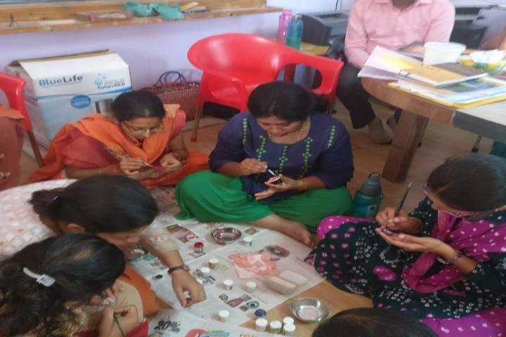 Abhaya School-Art And Craft