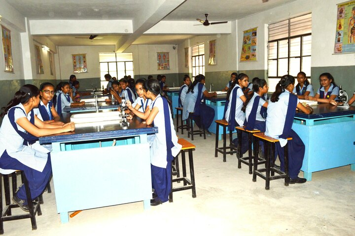 R P S Girls Public School-Biology Lab