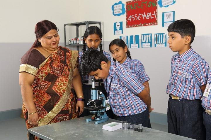 Brigade Public School- Physics Lab