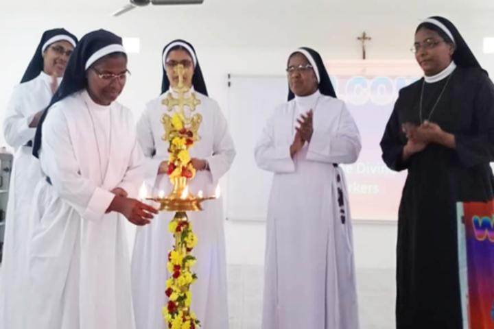 Carmel Convent School-Inauguration Of Social Work Forum Meeting