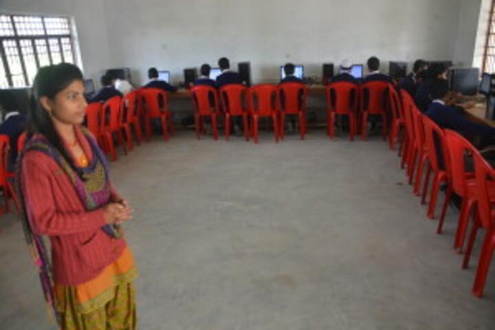 Rajanikant Public School-Computer Lab