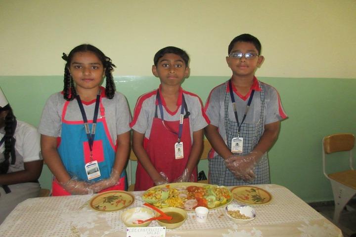 Delhi School Of Excellence-Food Fest