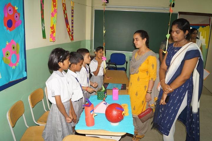Delhi School Of Excellence-Science Exhibition