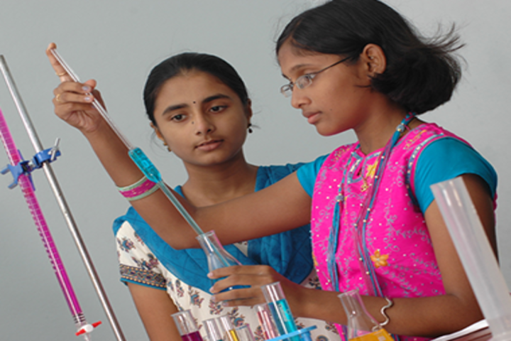 Dr K K RS Gowtham Concept School-Chemistry Lab