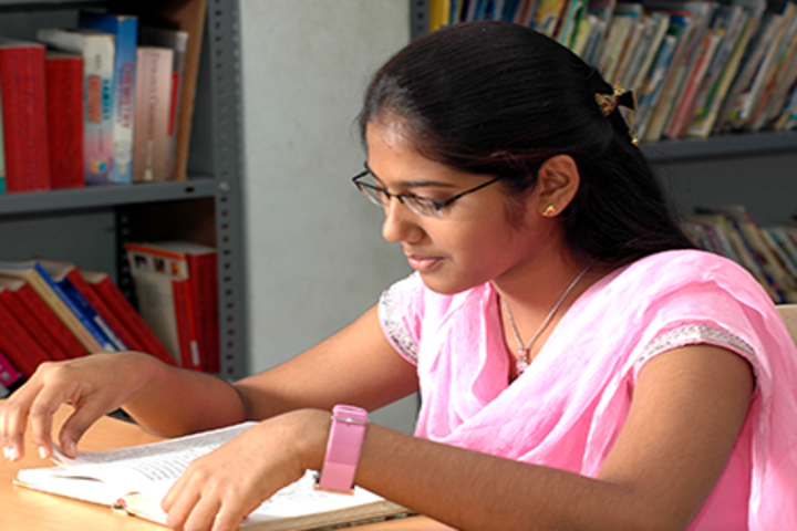 Dr K K RS Gowtham Concept School-Library