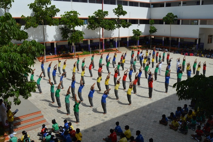 Fortune Butterfly School-Yoga Day