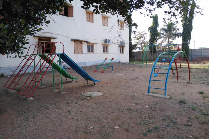 Chaitanya Central School-Kids Play Area