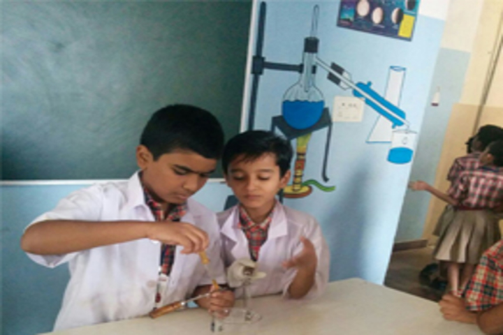 Mahatma Gandhi Memorial High School-Physics Lab