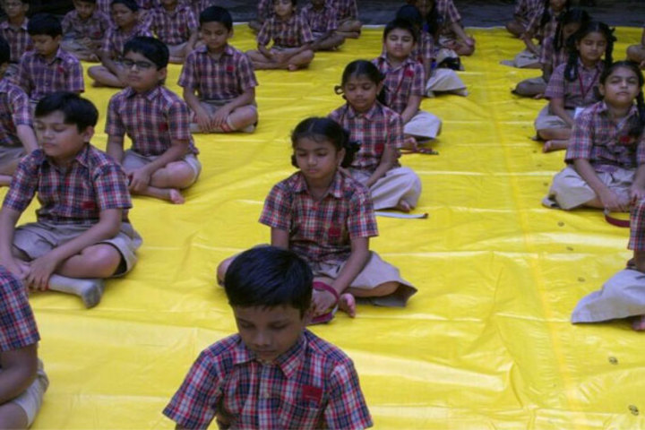 Mahatma Gandhi Memorial High School-Yoga Day