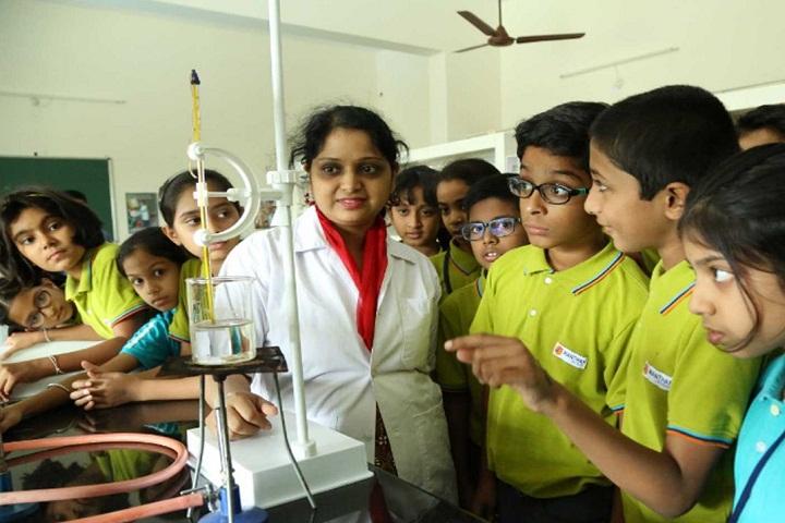 Manthan School-Chemistry Lab