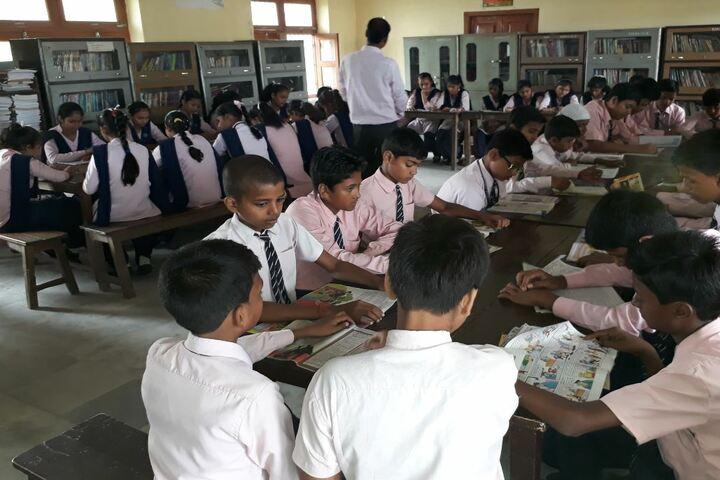Rashtriya Sarvajanik Mela Public School-Library