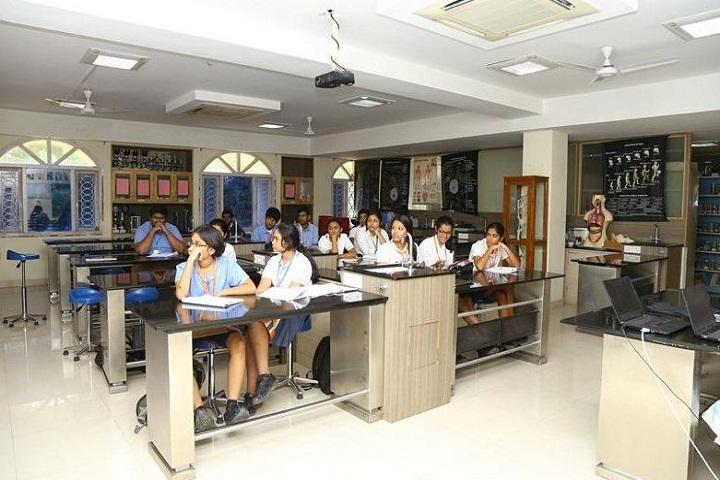 Oakridge International School-Lab