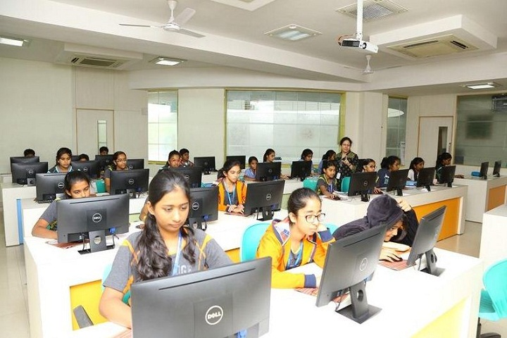 Oakridge International School-IT-Lab