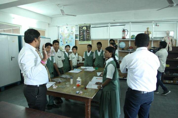 Oasis Public School-Chemistry Lab