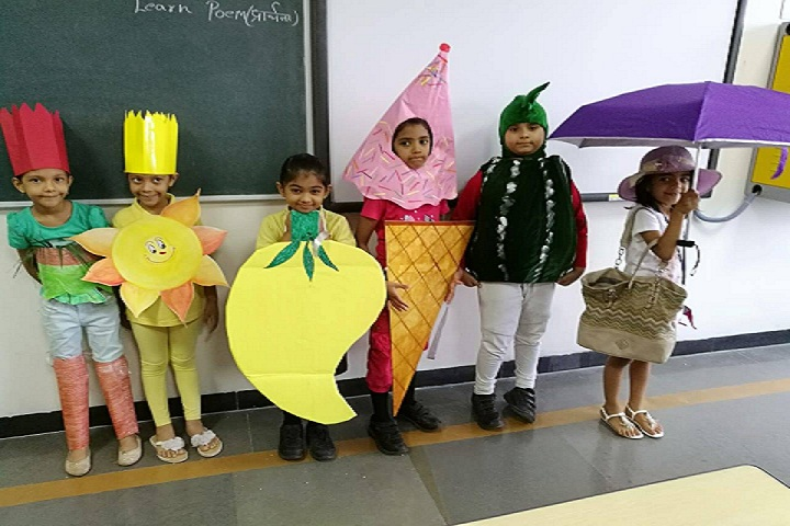 Phoenix Greens School Of Learning-Fancy Dress