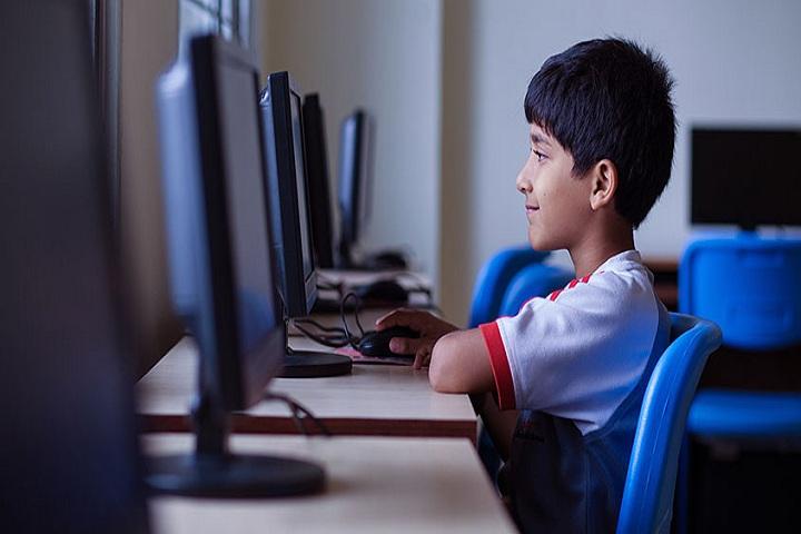 Reqelford International School-Computer Lab