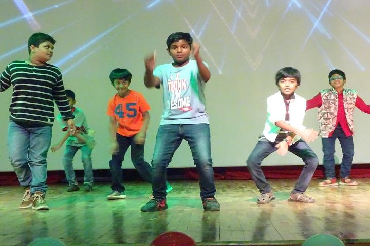Reqelford International School-Dance Performance