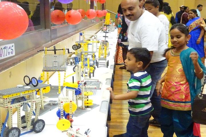 Reqelford International School-Robotics