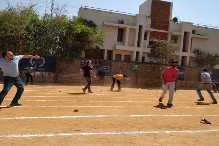 Roots Montessori School-Sports