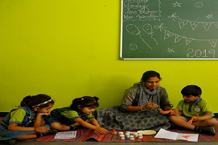 Sanskriti The School-Painting Class