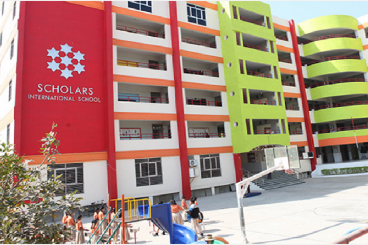 Scholars International School-Campus