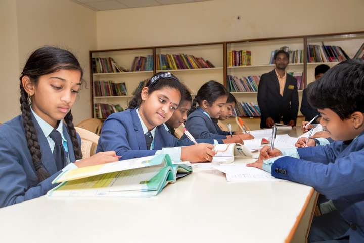 Sloka International School-Library