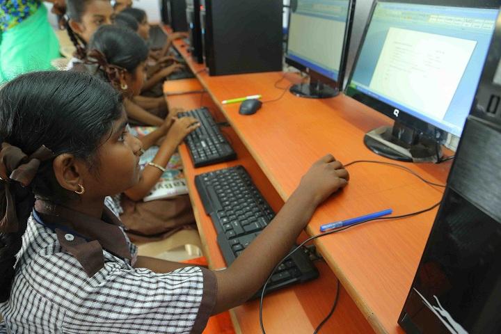 Sree Vidyanikethan High School-IT-Lab