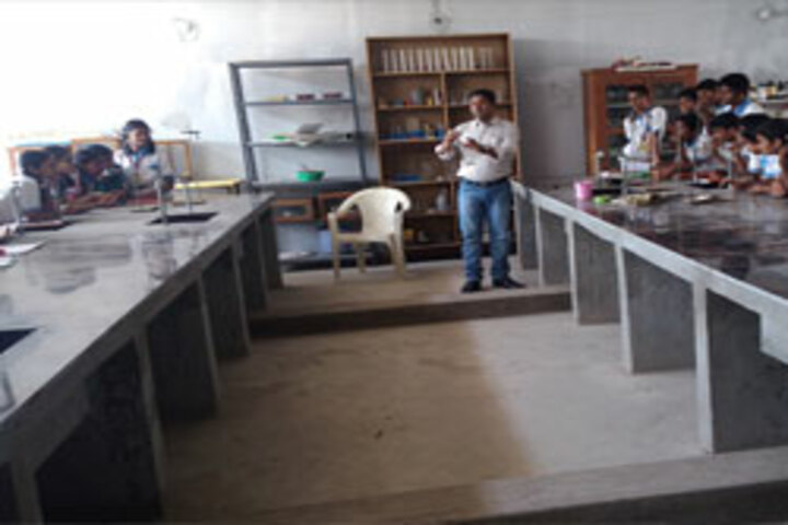 St Peters Edu School-Physics Lab
