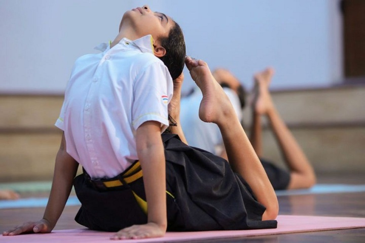 The Gaudium School-Yoga