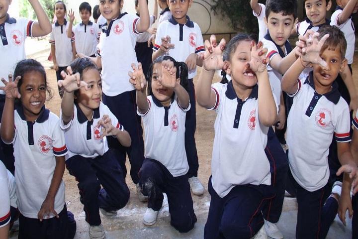 Vidya Vinayalaya School-School Students