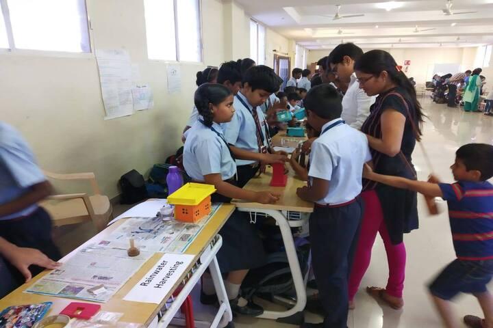 Vista School-Science Exhibition