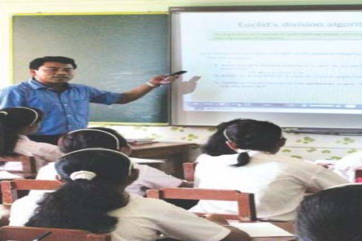 Auxilium Girls School-Classroom