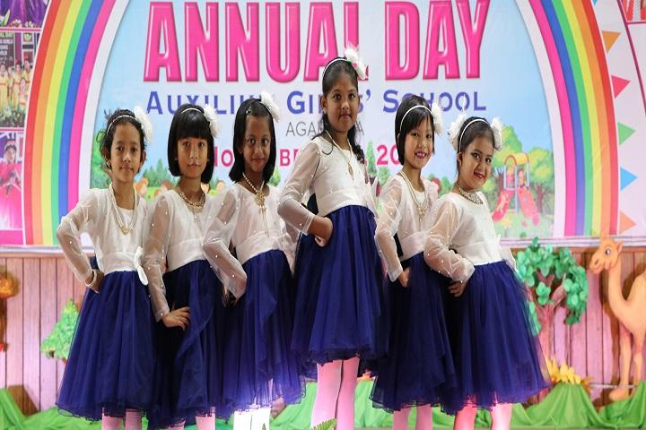Auxilium Girls School-Fancy Dress