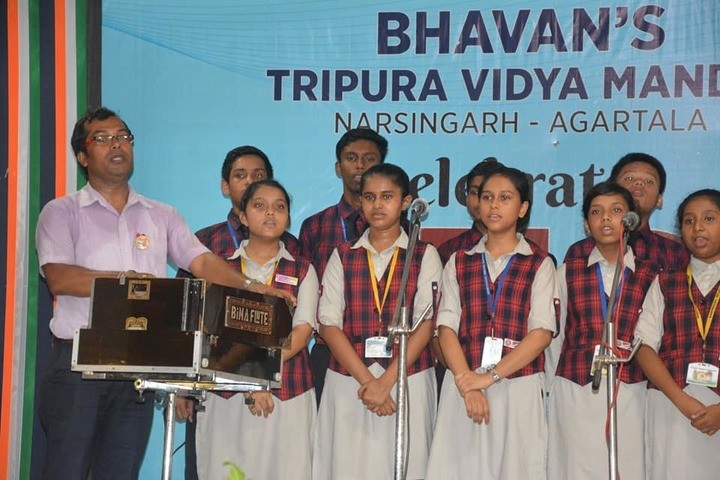 Bhavans Tripura Vidyamandir-Singing