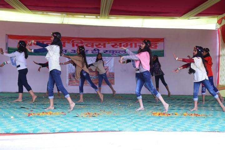 S R T School-Dance