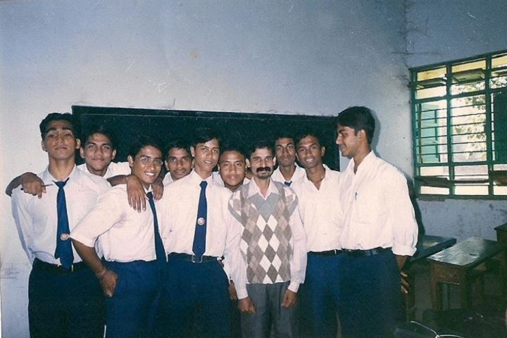 Hindi Higher Secondary School-Students 1