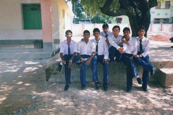 Hindi Higher Secondary School-Students