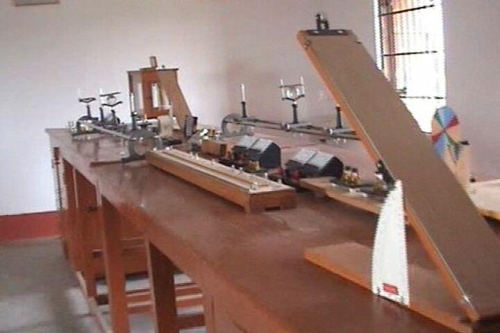 Modern Higher Secondary School-Physics Lab