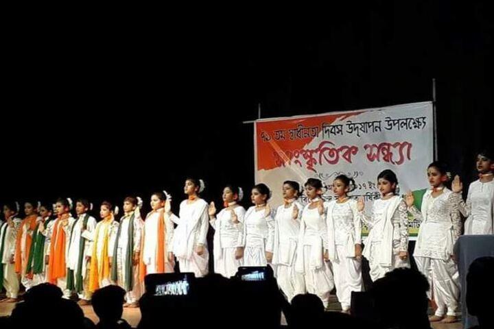 Siksha Bhavan Montessori School-Independence Day