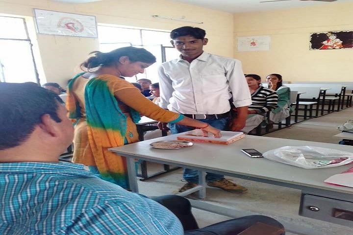 Abhinav Vidyalaya Gangdharapur-Classroom